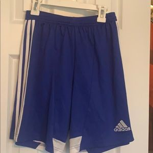 Boys Adidas Clima Cool Soccer Shorts. Size Large